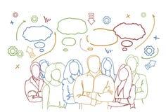 Succesvolle Bedrijfsmensengroep over Abstracte Krabbel Achtergrondgroepswerkgroep Zakenlui Team Hand Drawn vector illustratie
