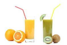 Succhi del kiwi e dell'arancia Fotografia Stock Libera da Diritti