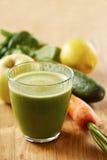 Succo casalingo di verde del vegano Immagini Stock Libere da Diritti