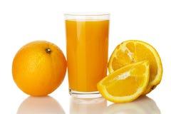 Succo d'arancia con l'arancia Fotografia Stock Libera da Diritti