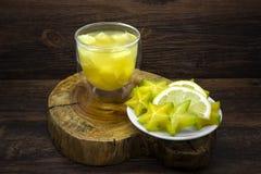 Succo di ananas e frutta di stella Fotografie Stock