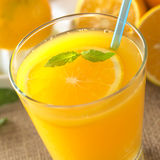 Succo di arancia fresco Fotografie Stock Libere da Diritti