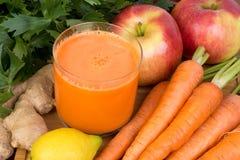 Succo di carota Fotografia Stock Libera da Diritti