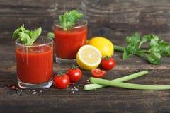 Succo di pomodoro con i pomodori ciliegia Fotografia Stock Libera da Diritti