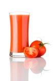 Succo di pomodoro fresco isolato su fondo bianco Immagini Stock Libere da Diritti
