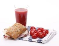 Succo e sandwich di pomodoro Fotografie Stock Libere da Diritti