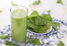 Succo fatto fresco degli spinaci immagini stock