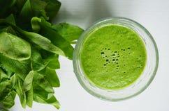 Succo verde della disintossicazione Fotografia Stock Libera da Diritti