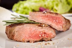 Succulent medium rare beef steak Royalty Free Stock Photos