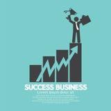 Sucesso da carta do aumento de Standing On An do homem de negócios Foto de Stock
