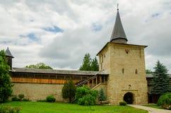 SuceviÈ› en kloster, Rumänien Arkivfoton