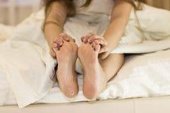 Sucha skóra cieki Nożny traktowanie fotografia royalty free