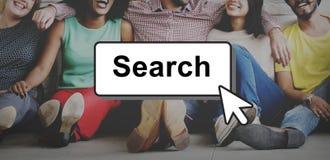 Suche, die das Schauen des Optimierungs-Konzeptes finden sucht lizenzfreies stockbild
