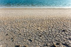 suchej ziemi woda Obrazy Royalty Free