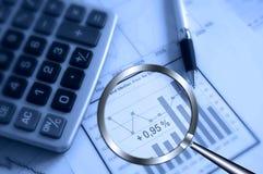 Suchen des Profites Lizenzfreie Stockfotos
