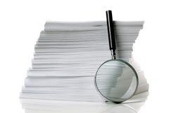 Suchen nach Dokument stockfotos