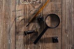 Suchen von Werkzeugen Lizenzfreie Stockbilder
