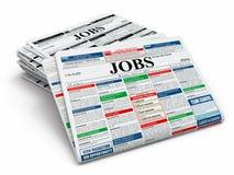 Suchjob. Zeitungen mit Anzeigen. Stockfoto
