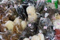 Suchy jedzenie dla sprzedaży przy rynkiem Obrazy Stock