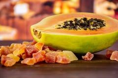 Suchy melonowiec z nieociosaną kuchnią zdjęcia royalty free