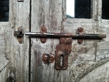 sucio cuadrado de cristal de la puerta de cerradura del vintage Imagen de archivo libre de regalías