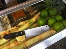 Suco da cana-de-açúcar no mercado de Koh Kong, Ca Imagens de Stock Royalty Free