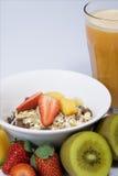 Suco de fruta fresca e muesli Fotografia de Stock