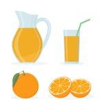 Suco de laranja ajustado no fundo branco Fotos de Stock Royalty Free