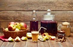 Suco de maçã caseiro delicioso Imagem de Stock Royalty Free