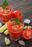 Suco de tomate fresco com aipo Foto de Stock