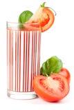 Suco de tomate fresco com manjericão Imagem de Stock