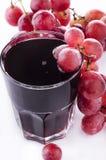 Suco de uva vermelha fresco fotografia de stock royalty free