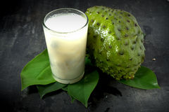 Suco do Soursop Foto de Stock Royalty Free