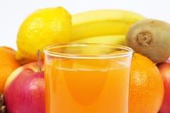Suco e frutos Imagem de Stock Royalty Free