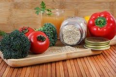 Suco vegetal com quinoa Imagem de Stock Royalty Free
