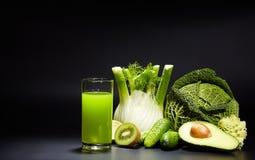 Sucos vegetais saudáveis para o rafrescamento e como um antioxidante Imagens de Stock Royalty Free