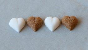Sucre en forme de coeur Photographie stock libre de droits