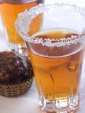 Sucrerie avec la boisson alcoolisée III Images stock