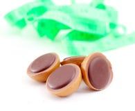 Sucrerie de caramel avec la noisette et le chocolat, photos libres de droits