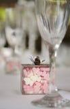 Banquet en forme de coeur de mariage de sucrerie Images stock