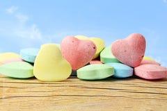 Sucrerie Valentine Background de coeur à l'arrière-plan de ciel Images stock