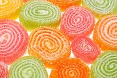 Sucreries de fruit sur un fond blanc. Photo stock