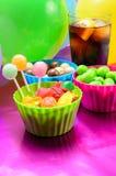 Sucreries et bicarbonate de soude colorés Photographie stock