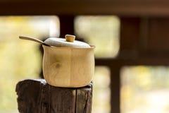 Sucrier en bois Photo libre de droits