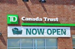 Sucursal bancaria de la confianza de TD Canadá Fotos de archivo