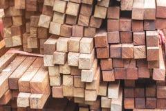 Suddig abstrakt bakgrund av trä Royaltyfria Foton