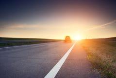 Suddig bil på den hög hastigheten Arkivbilder