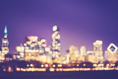 Suddig bild av det Chicago centret på natten, USA Arkivfoto