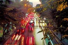 Suddig bild av en asiatisk trafikstockning royaltyfri fotografi