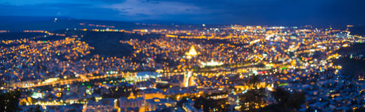 Suddig Bokeh arkitektonisk stads- panorama- bakgrundpanorama B Royaltyfri Fotografi